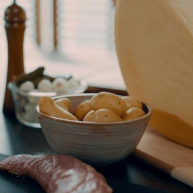 Raclette et filet mignon à l'Abricotine AOP